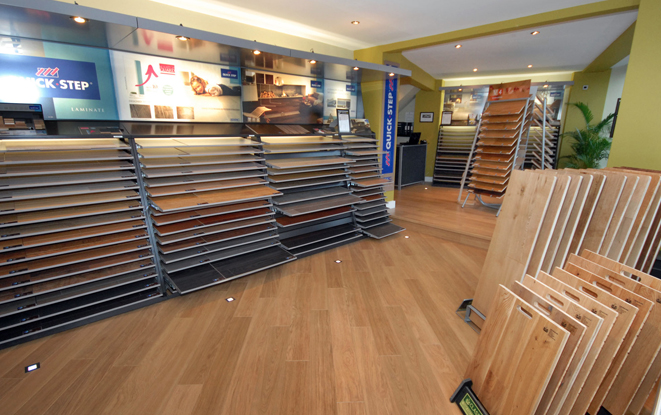 BUILDERS-iN-EDINBURgh-Laminate-and-Hardwood-Flooring